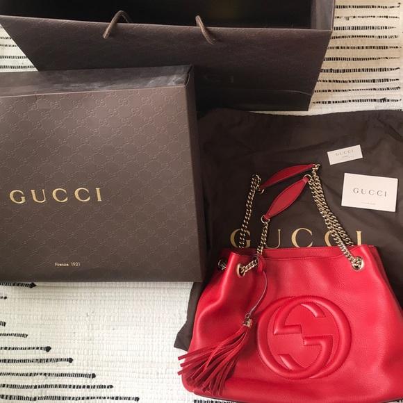 Gucci Handbags - Gucci Soho chain bag
